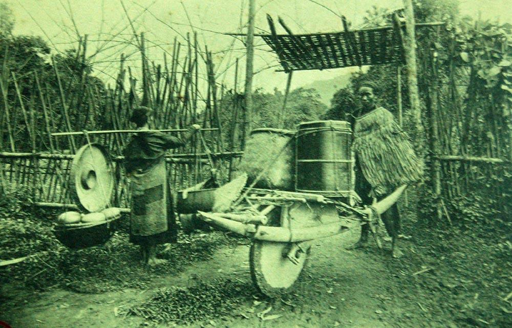 """Việt Nam 100 năm trước đẹp như """"tranh vẽ"""""""