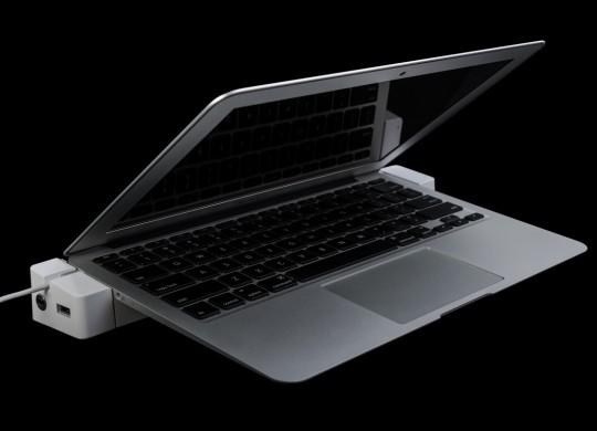 [CES 2014] - LandingZone ra mắt dock sạc cho Macbook Air, bổ sung thêm cổng USB 3.0 và Ethernet
